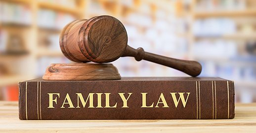 Family Law Attorney in Pekin, IL